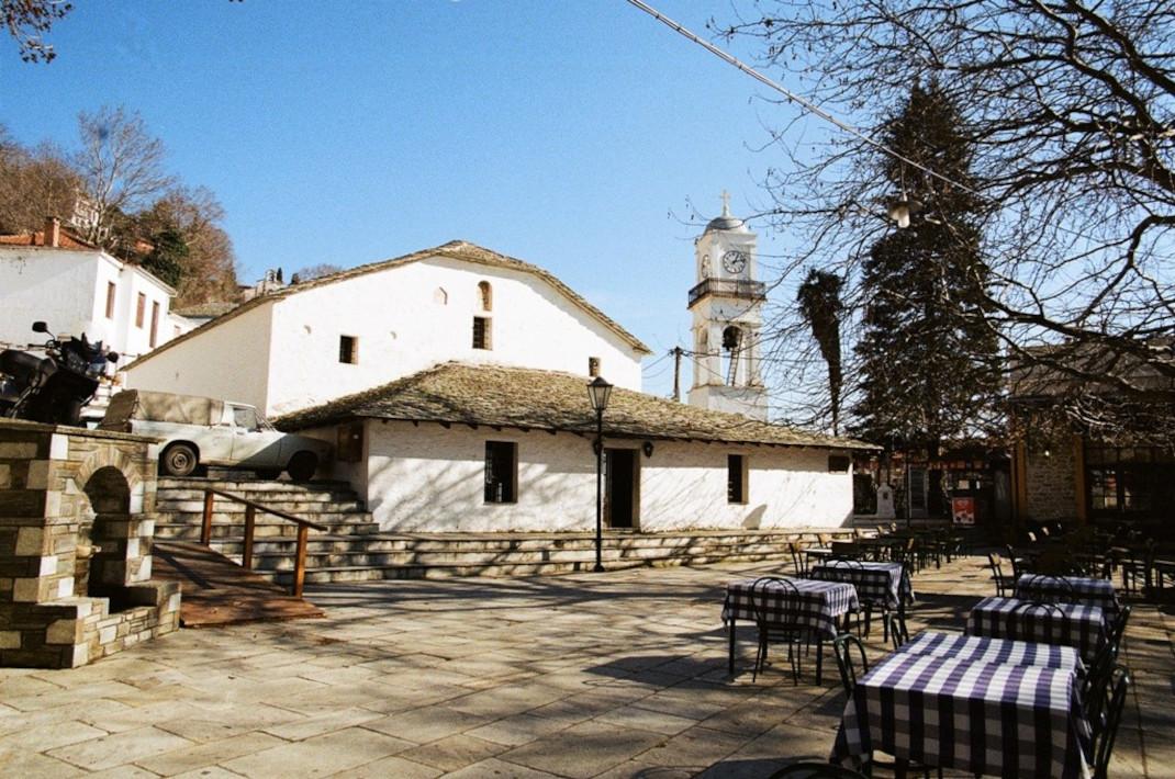 εκκλησία Μηλιές