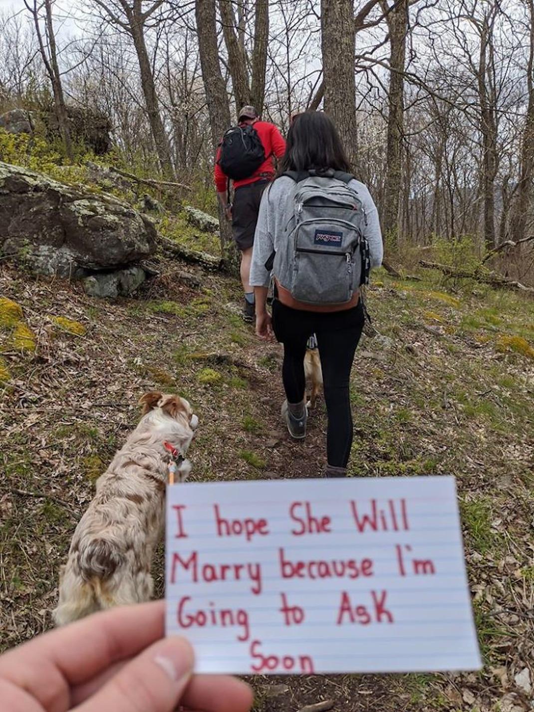 Πρόταση γάμου στην εποχή του κορωνοϊού