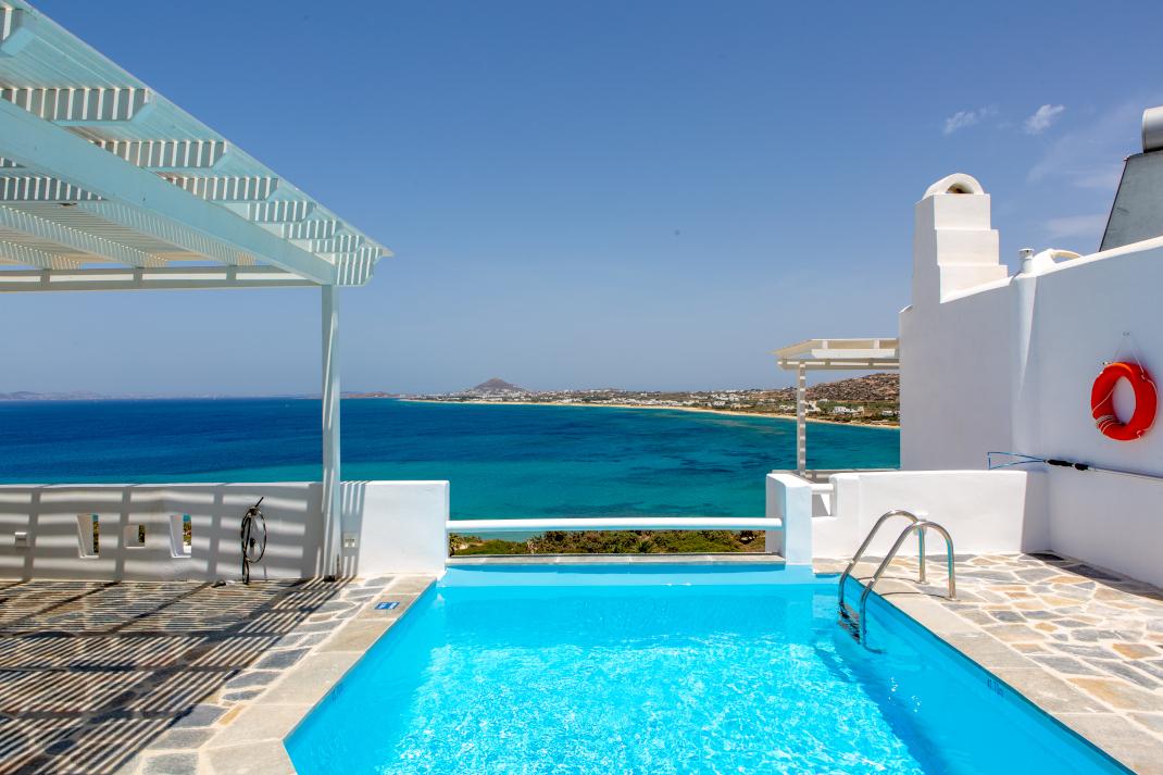 Apricot and Sea Luxury Villas  Naxos