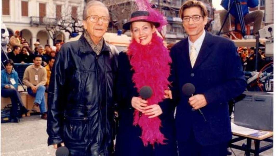 Το τελευταίο καρναβάλι που παρουσίασε ο Άλκης Στέας, το 1999, με την Νατάσα Τραγουστή και τον τον Κώστα Σγόντζο