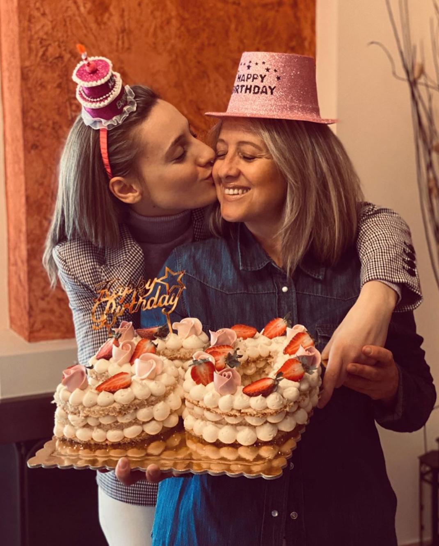 Τα τρυφερά λόγια της Αννας Κορακάκη για τα γενέθλια της μητέρας της