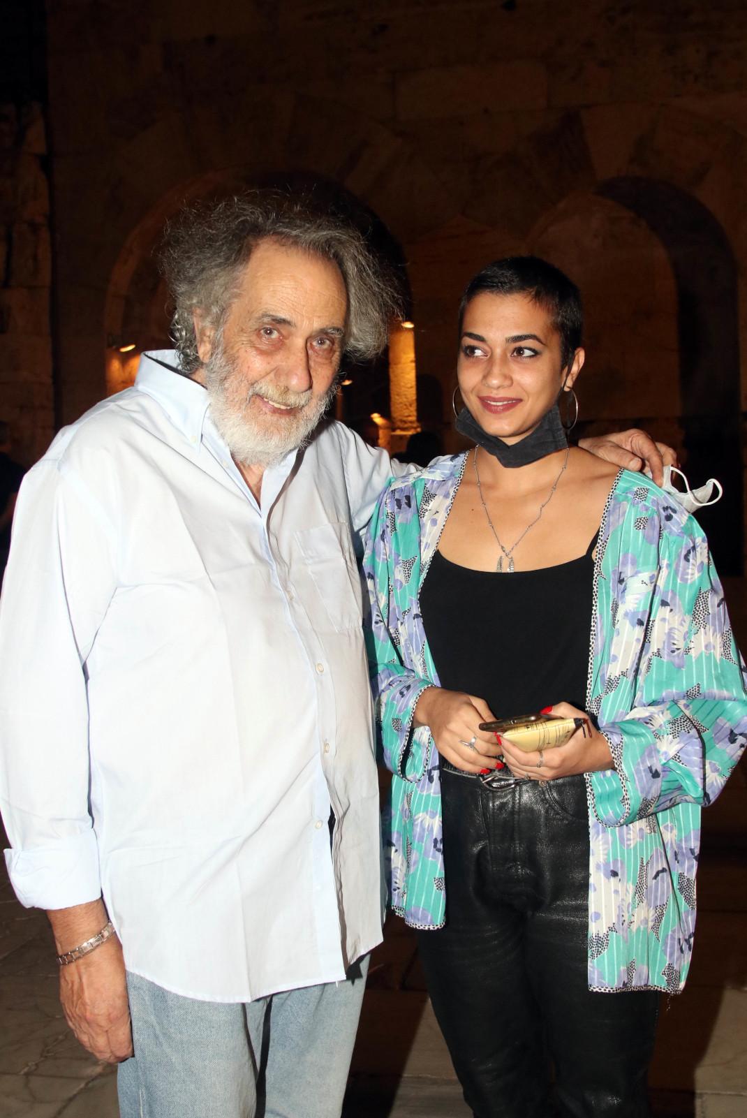 Ο Κώστας Αρζόγλου σε μια σπάνια εμφάνιση με την κόρη του, Μαρία