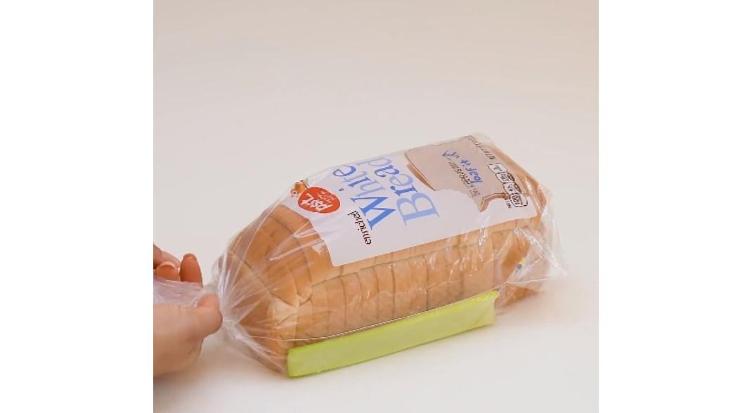ψωμί του τοστ με σέλερι
