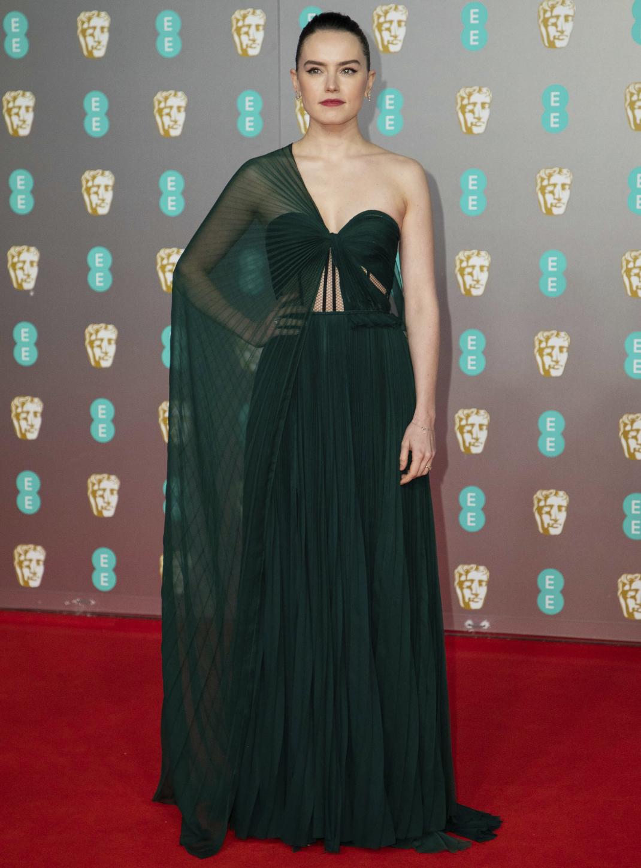 H Daisy Ridley με Oscar de la Renta