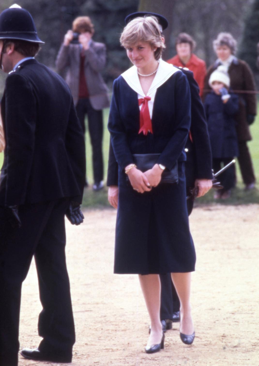 Η πριγκίπισσα Νταϊάνα με sailor suit