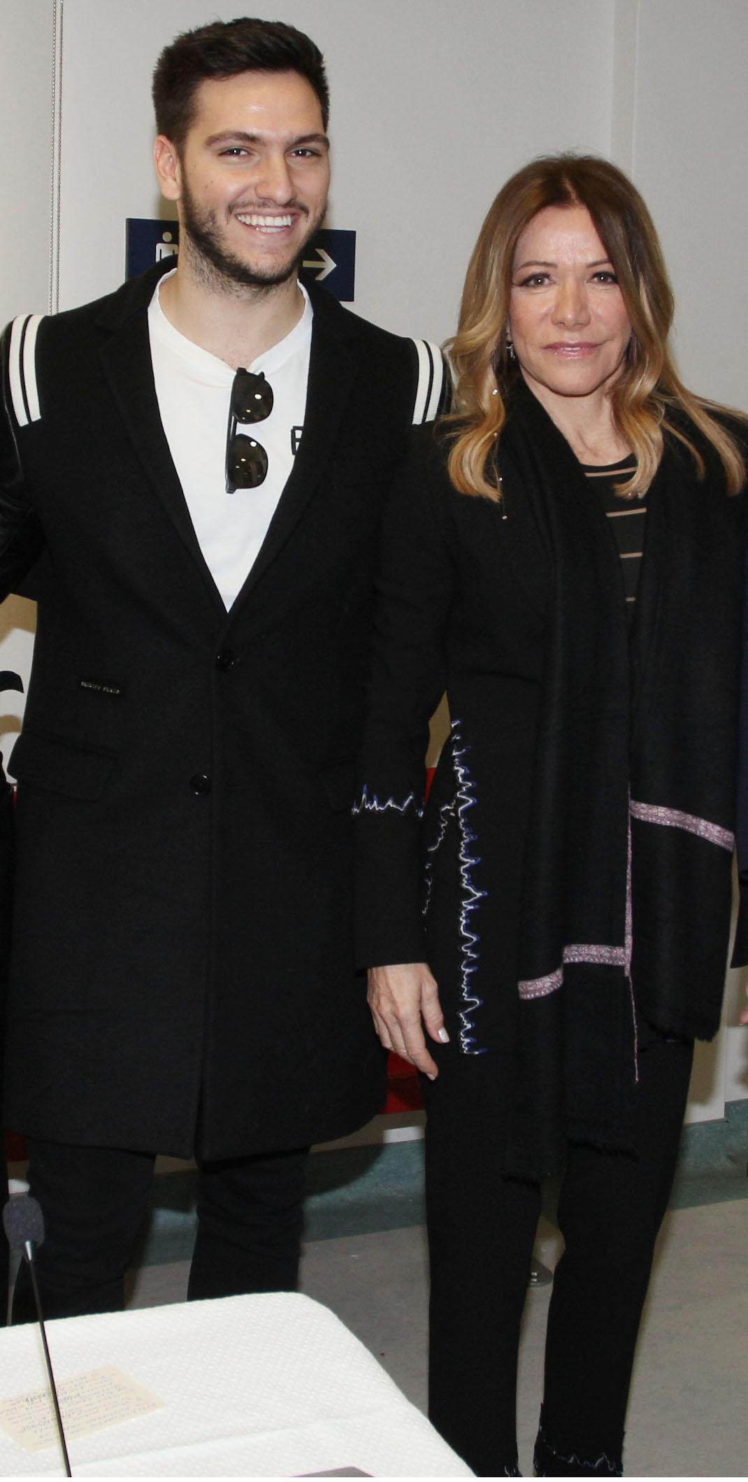 Η Μαριάννα Λάτση με τον γιο της, Φίλιππο