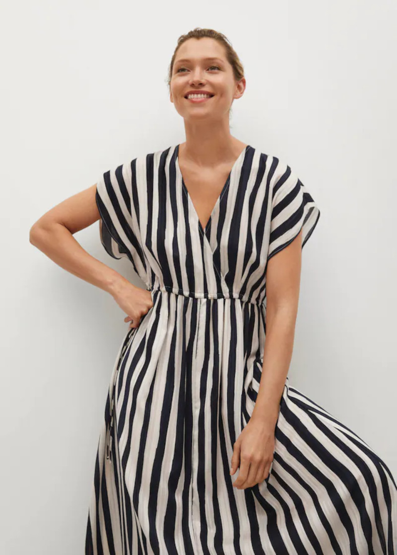 Το σοφιστικέ φόρεμα από τα Mango
