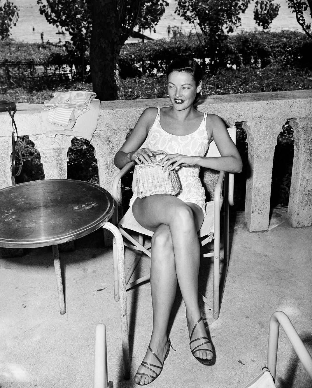 Τζιν Τίρνεϊ: Η πανέμορφη ηθοποιός του Χόλιγουντ που ενέπνευσε την Αγκάθα Κρίστι