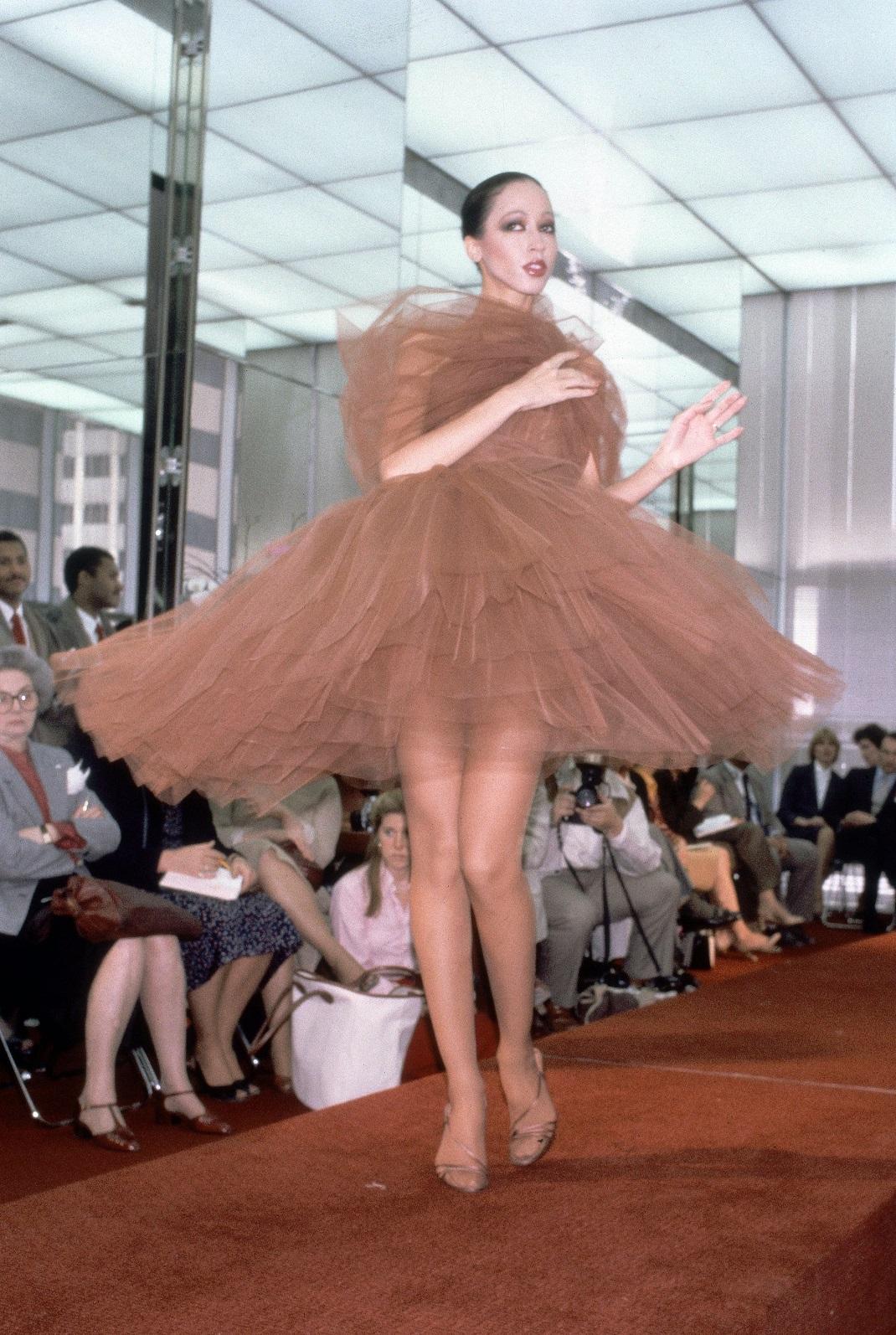 Fall/Winter fashion show στη Νέα Υόρκη το 1980 Roy Halston