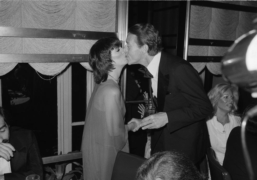 Η Λάιζα Μινέλι με τον Ρόι Χάλστον