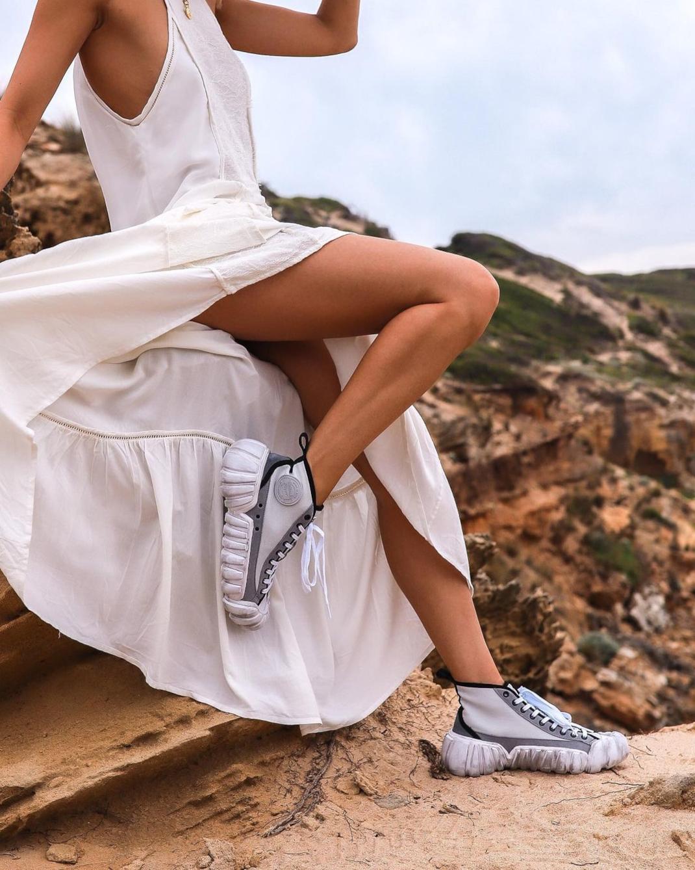 Sneakers white dress