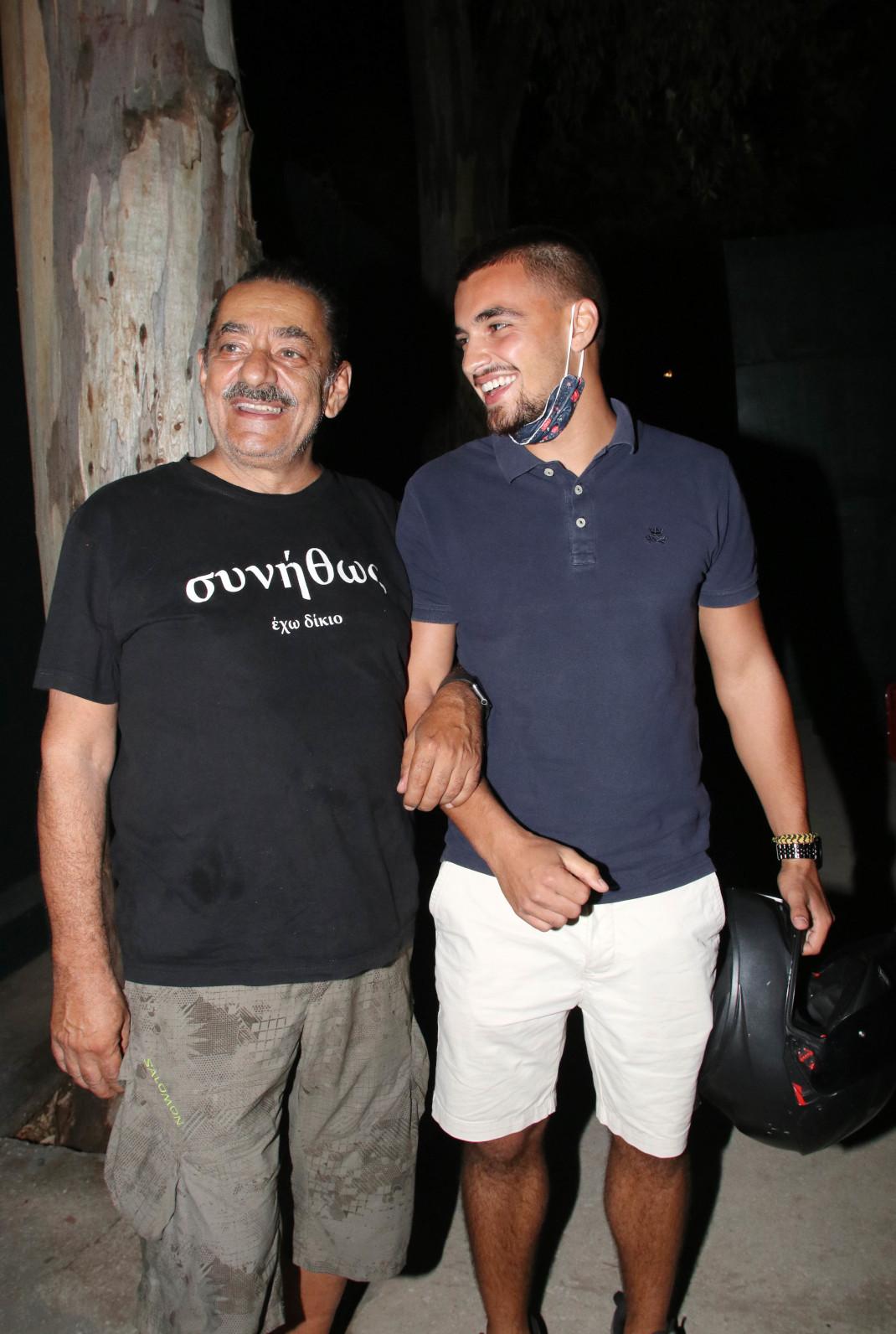 Αντώνης Καφετζόπουλος με το γιό του, Σπύρο