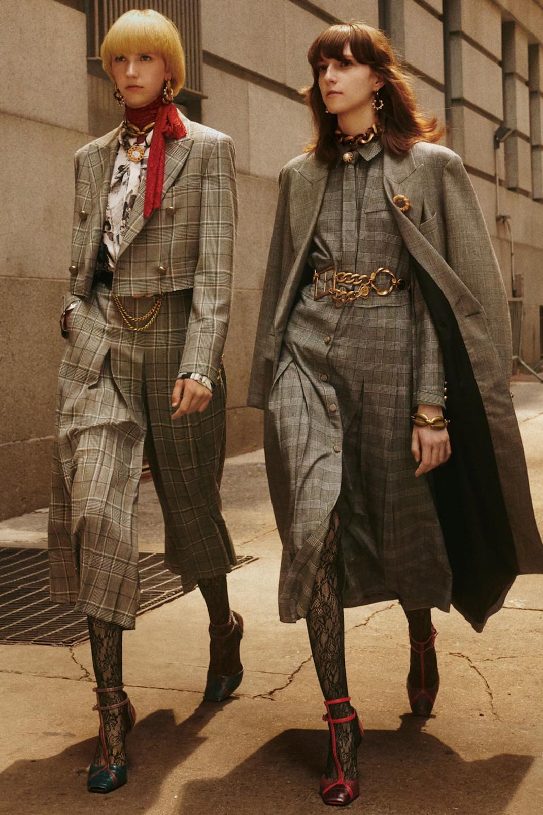 Χρυσή ζώνη, κοστούμι και παλτό Zara