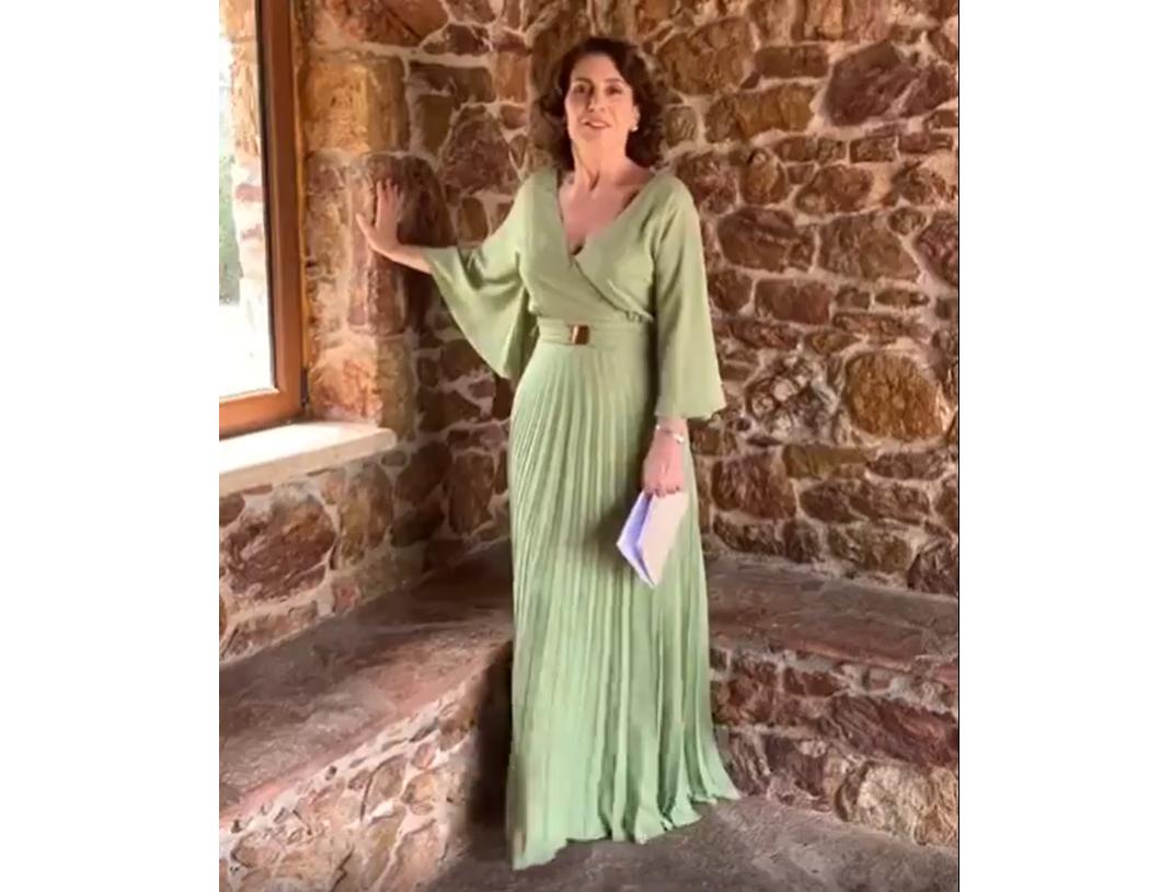 Η Κατερίνα Διδασκάλου με αέρινο φόρεμα