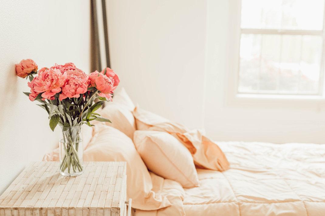 Υπνοδωμάτιο με λουλούδια