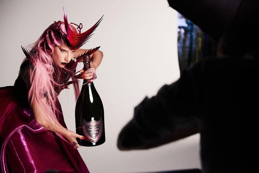Η Lady Gaga συνεργάζεται με την Dom Pérignon