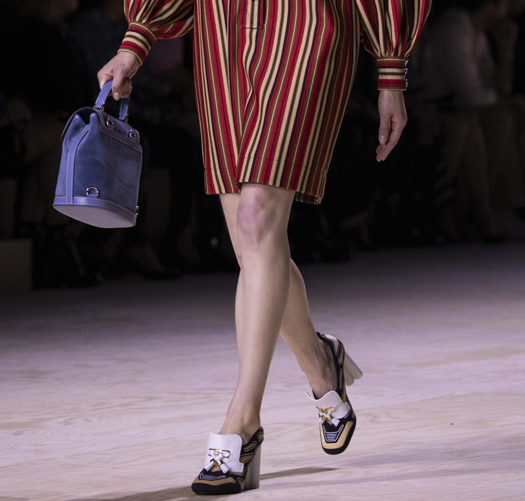 loafers στο show του Louis Vuitton