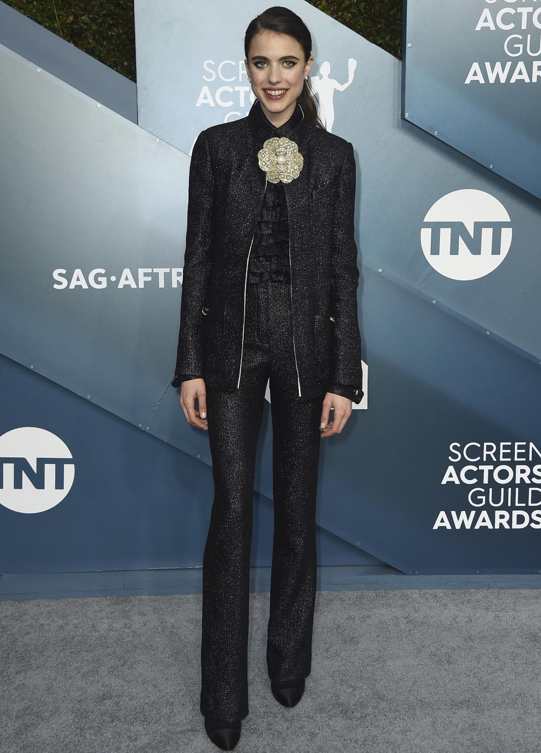 Η Margaret Qualley στο κόκκινο χαλί των SAG Awards