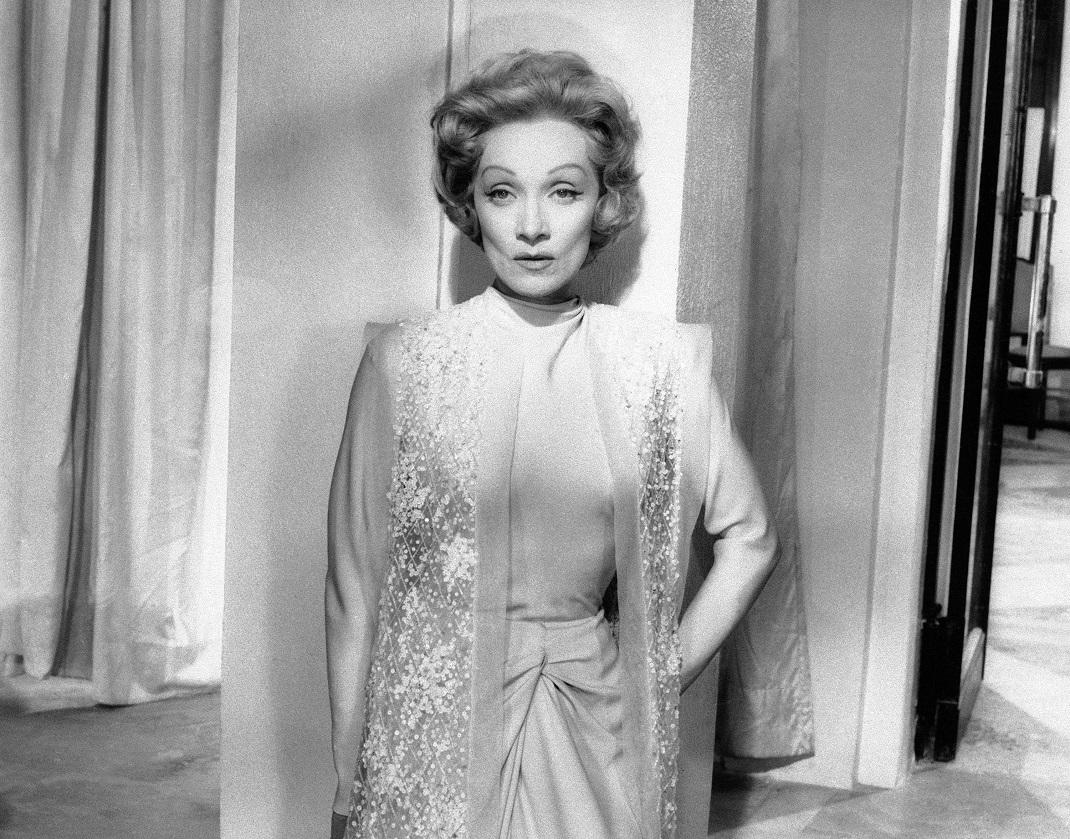 η Μάρλεν Ντίτριχ στην ταινία «The Monte» το 1956