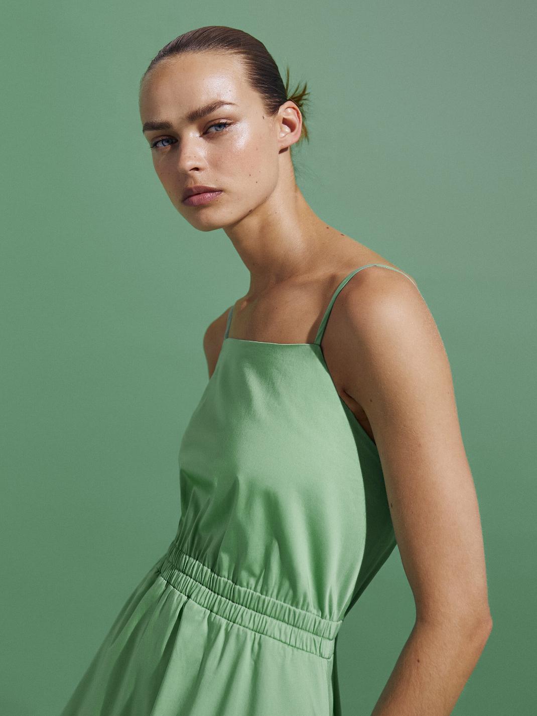πράσινο φόρεμα Massimo Dutti