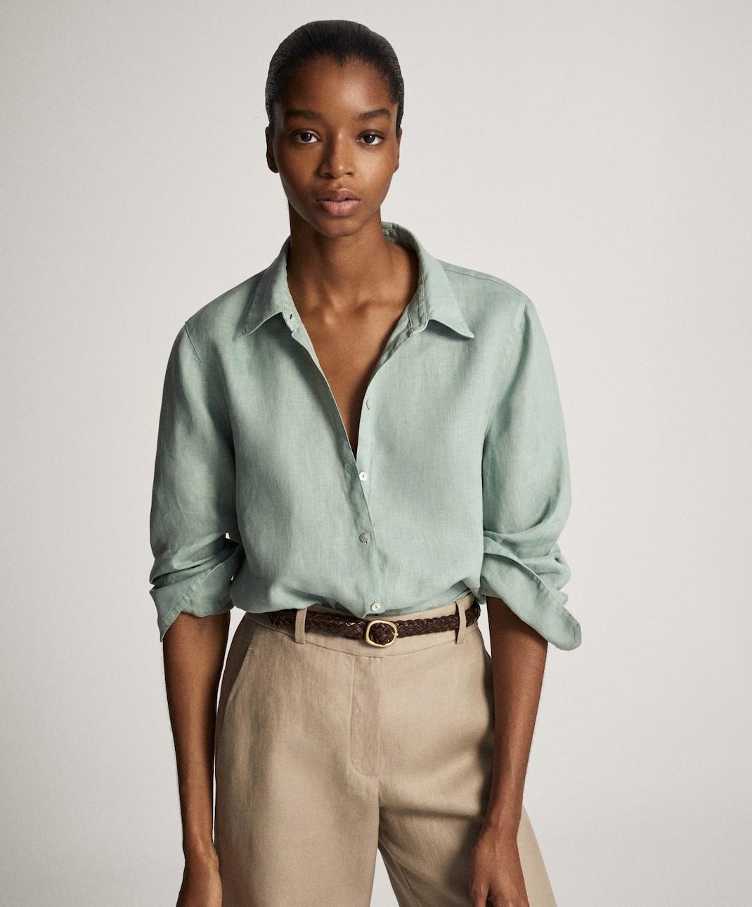 μοντέλο με πουκάμισο