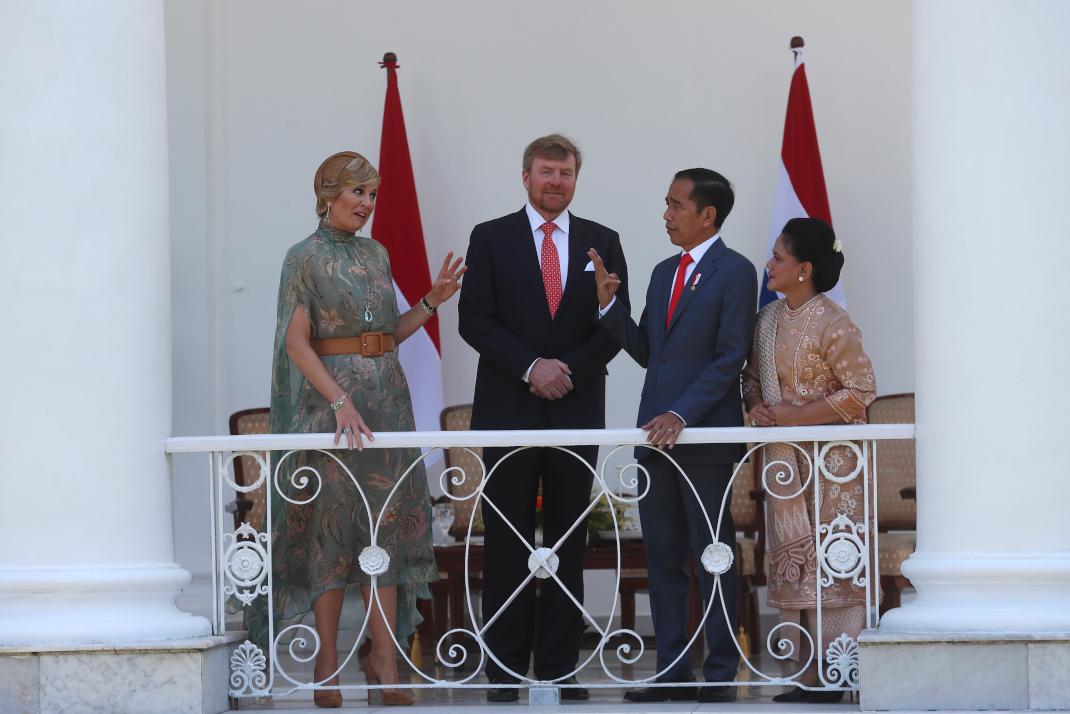 Το βασιλικό ζεύγος της Ολλανδίας με το προεδρικό ζεύγος της Ινδονησίας