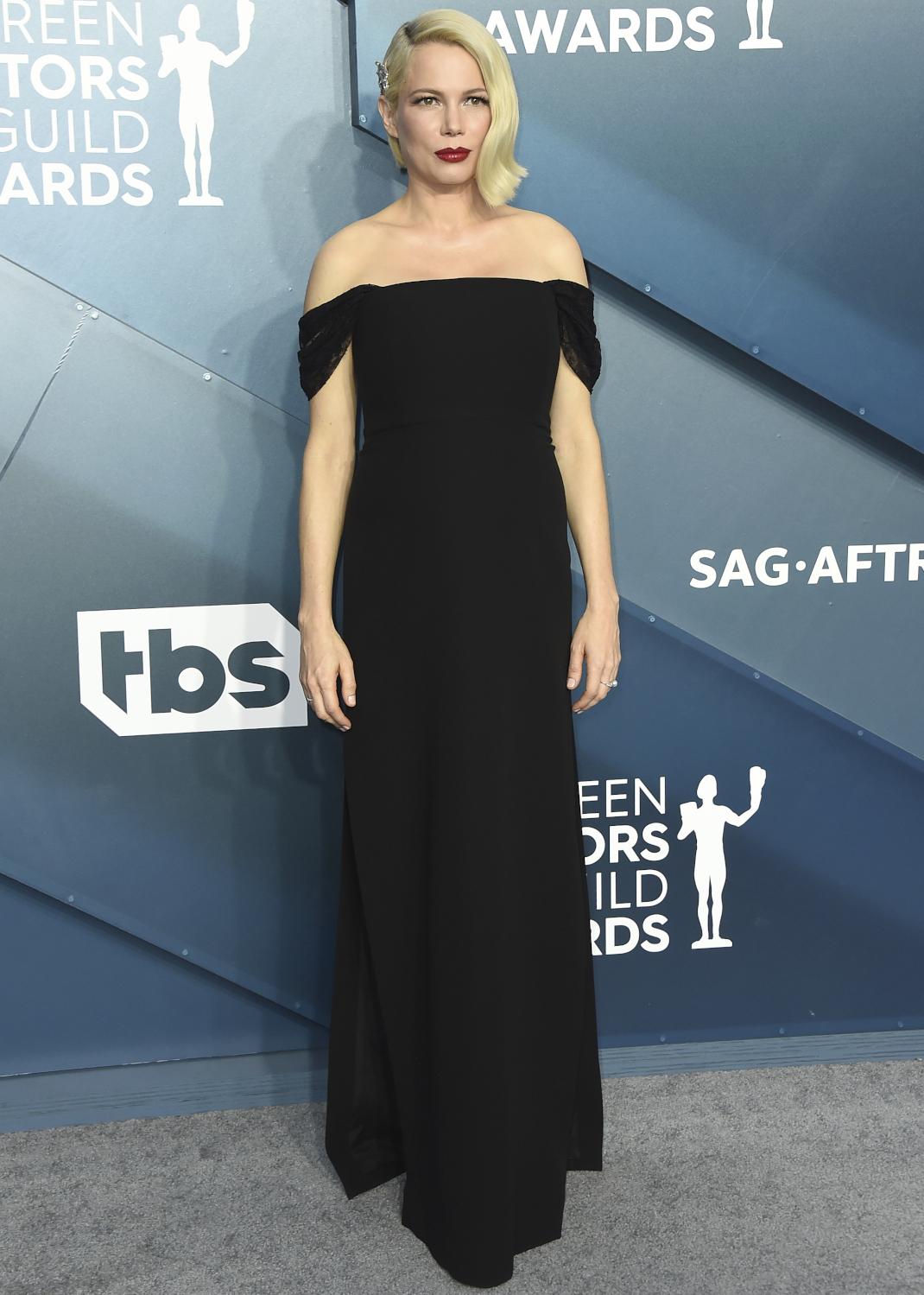 Η Michelle Williams στο κόκκινο χαλί των SAG Awards