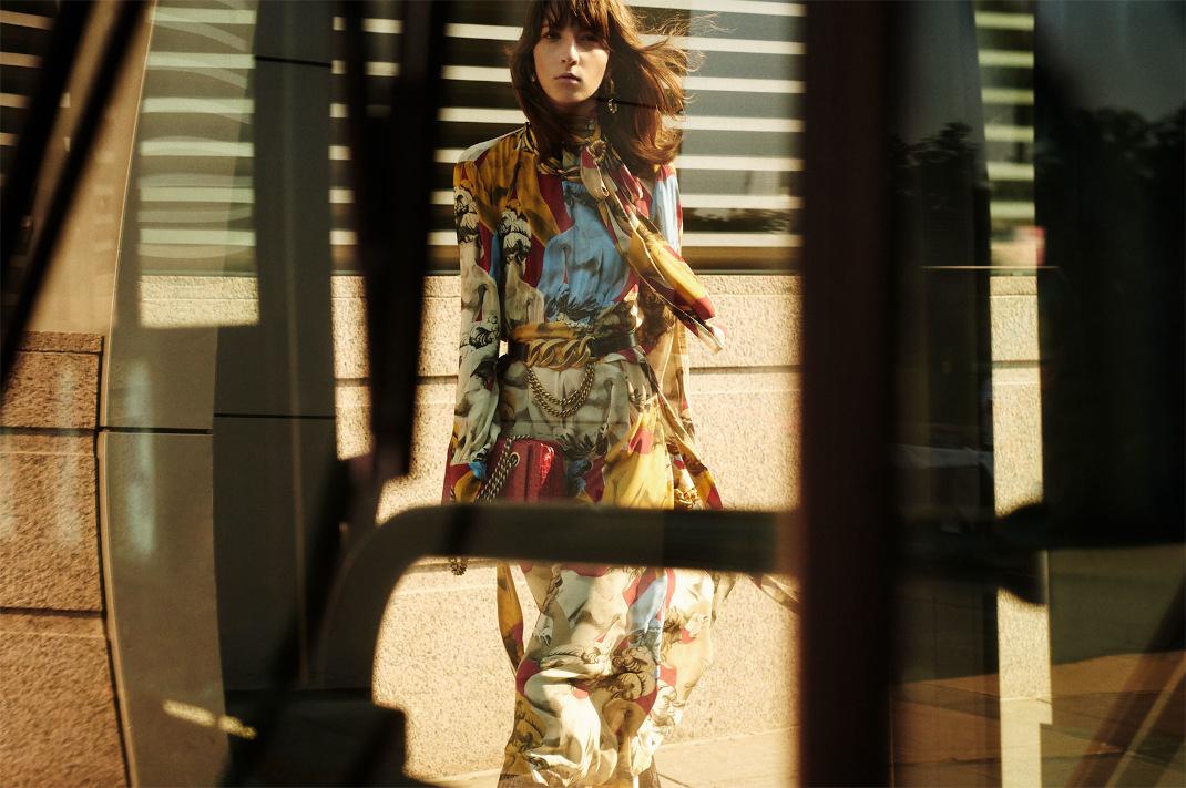 Μίντι φόρεμα με print Zara