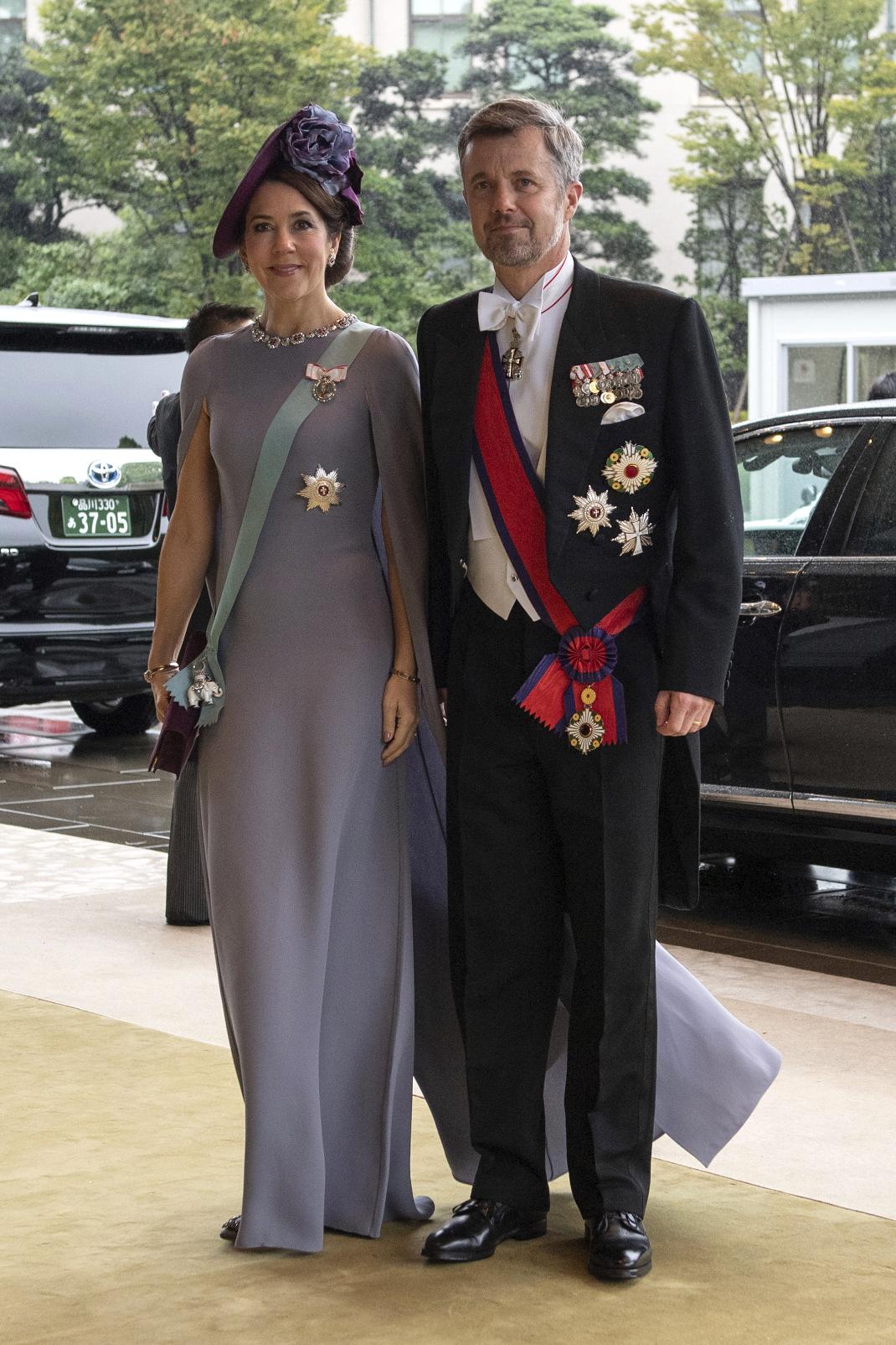 H πριγκίπισσα Μαίρη της Δανίας πάει στην ενθρόνιση του Ναρουχίτο