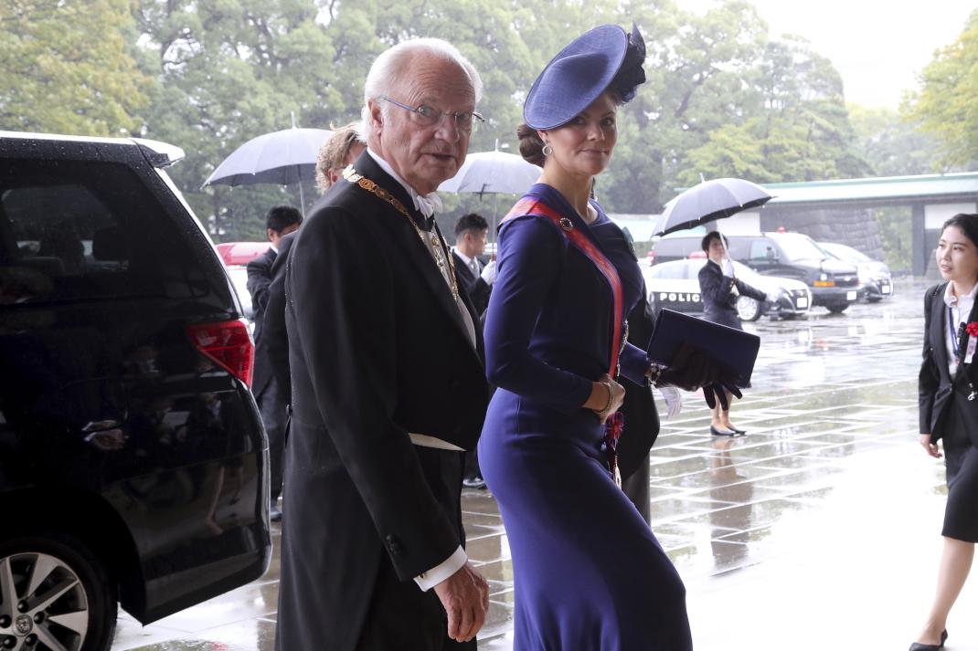 Η πριγκίπισσα Βικτόρια της Σουηδίας πηγαίνει στην ενθρόνιση του Ναρουχίτο