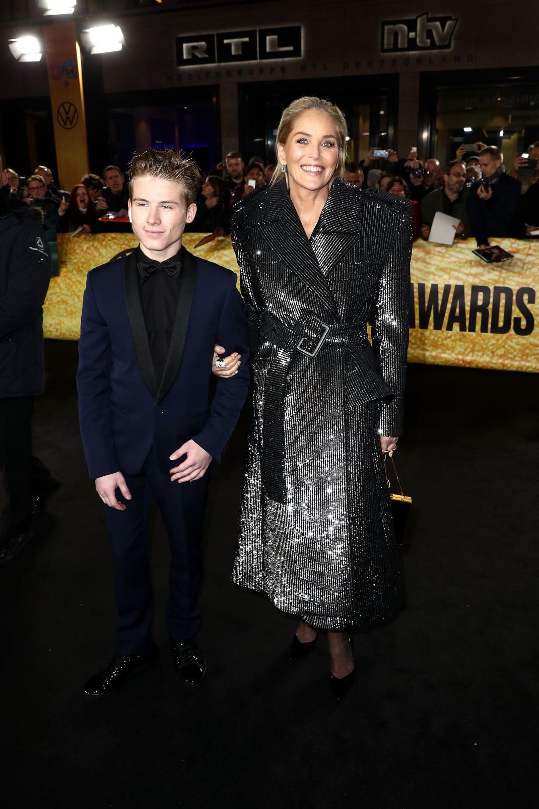 Η Σάρον Στόουν με τον γιο της