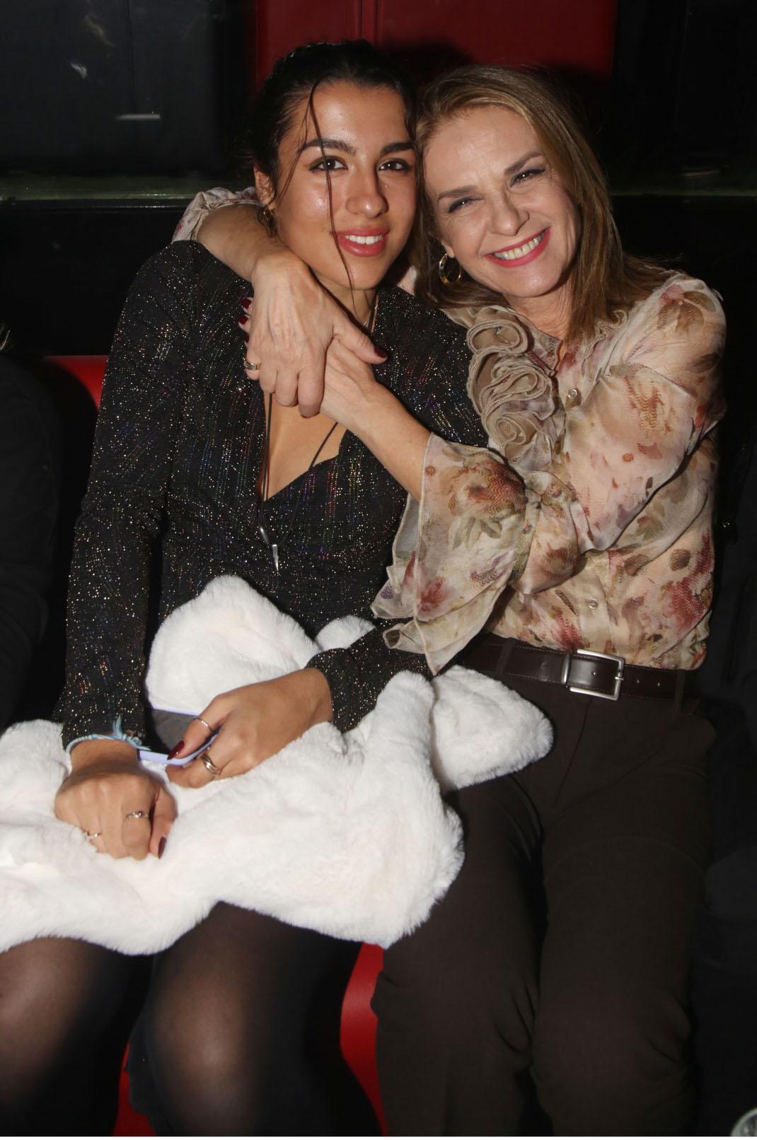 Πέγκυ Σταθακοπούλου με την κόρη της, Χριστίνα Καλδή