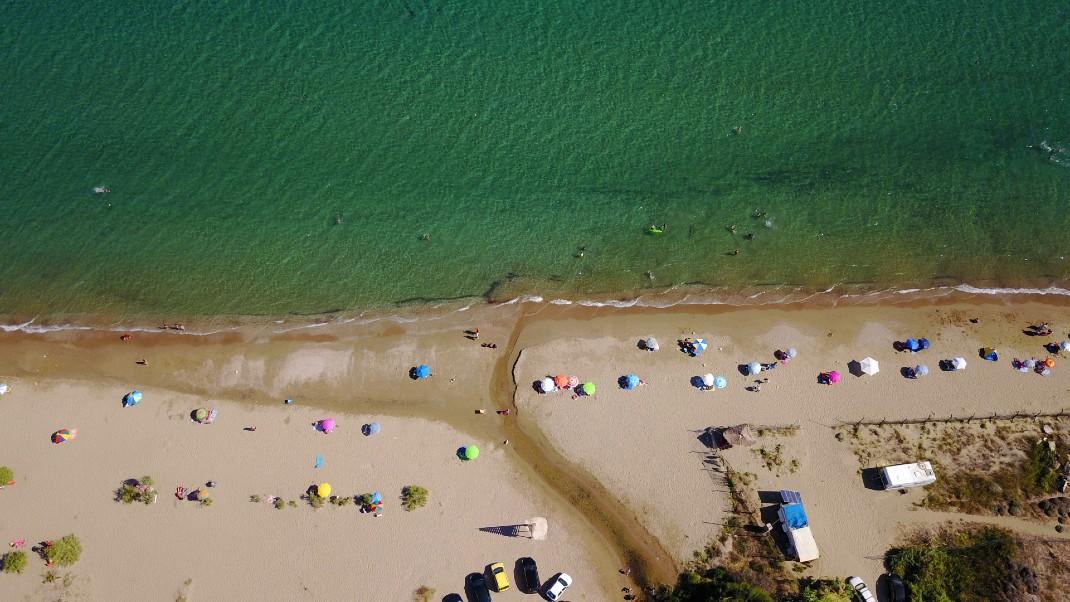 παραλία Σχοινιάς στο Μαραθώνα.