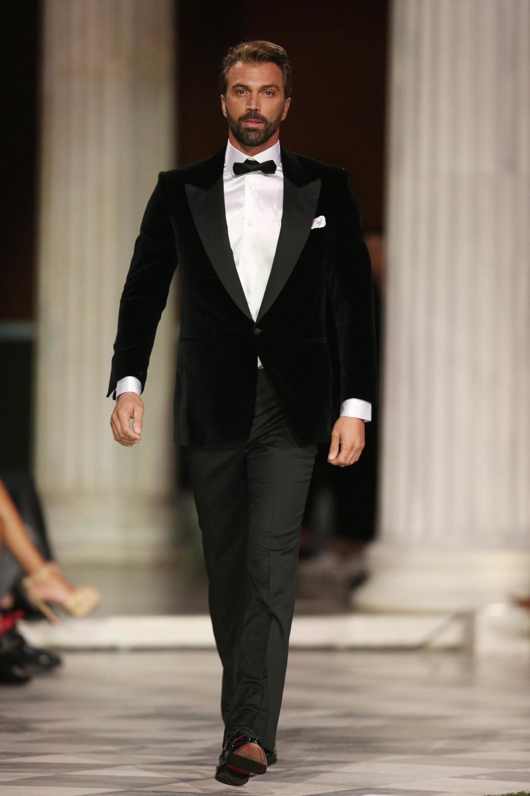 Ο Θοδωρής Θεοδωρόπουλος στο fashion show του Γιαννέτου