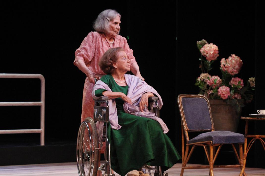 Η Έρση Μαλικένζου και η Τζένη Ρουσσέα