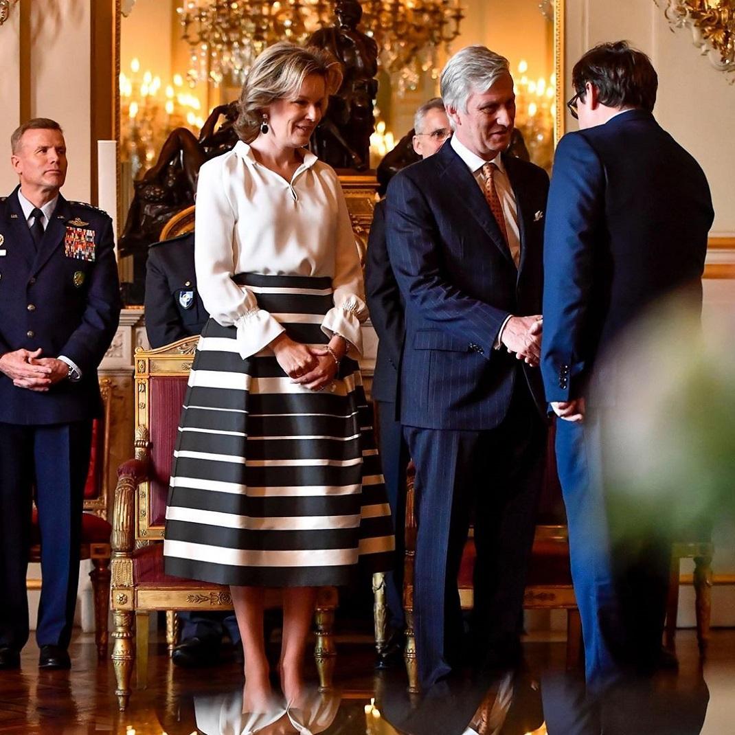 Η βασίλισσα Ματθίλδη και ο βασιλιάς Φίλιππος του Βελγίου στο παλάτι