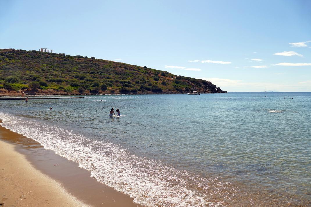 παραλία Χάρακας.
