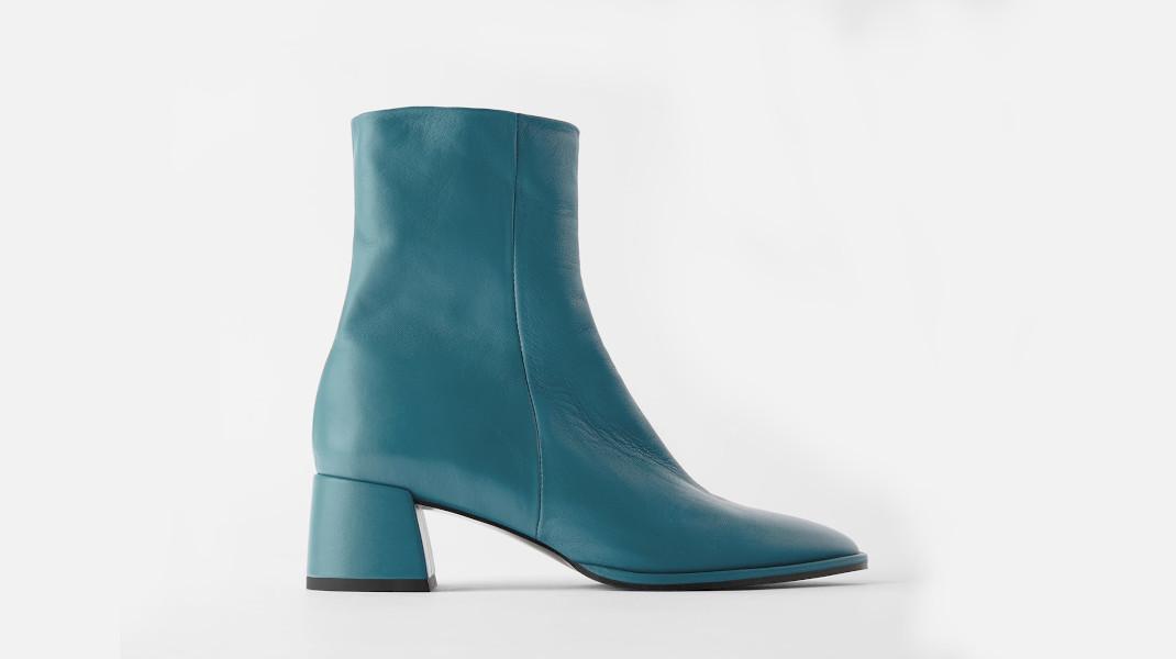 μπλε μποτάκι Zara