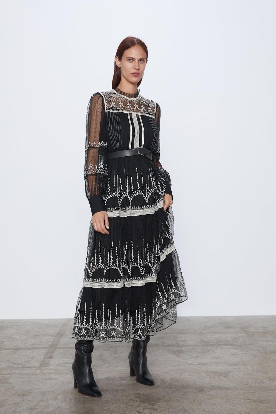 Φόρεμα από τα Zara που επέλεξε η Φαίη Ξυλά