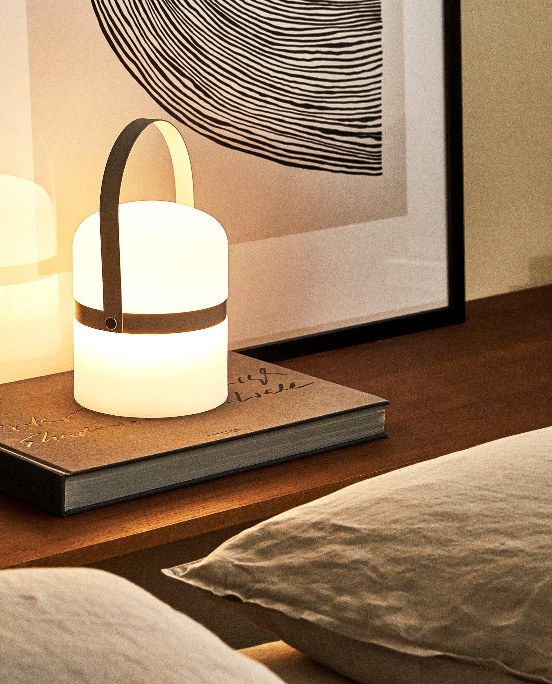 wireless φωτιστικό από τα ZARA home
