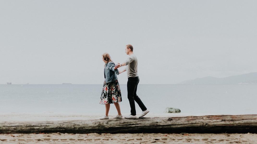 Τι να κάνετε αν έχετε ραντεβού με κάποιον αλλά σας αρέσει κάποιος άλλος