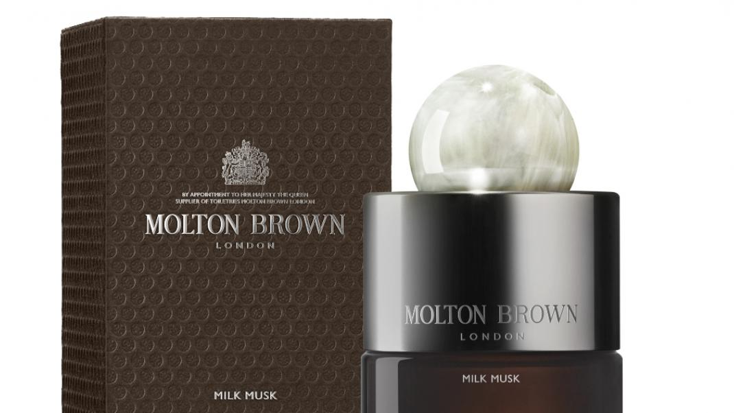 Moltom Brown