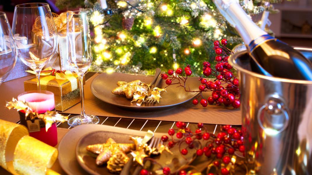Ρεβεγιόν Πρωτοχρονιάς: 10 εστιατόρια της Αθήνας όπου μπορείς να υποδεχθείς  το 2017 με 33 έως 65 ευρώ | BOVARY