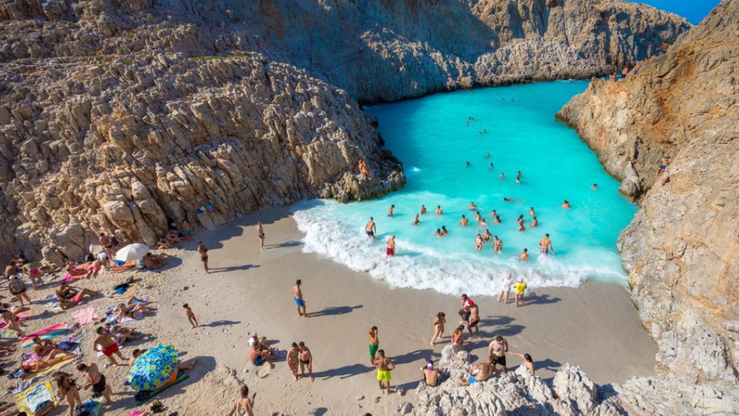 Σειτάν λιμάνια: Η παραδεισένια, αλλά καταραμένη παραλία της Κρήτης   BOVARY