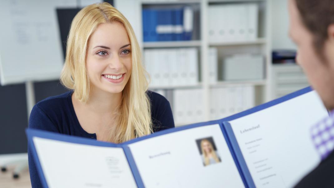 Συνέντευξη για δουλειά -Πώς να κερδίσεις τις εντυπώσεις (και τη ...