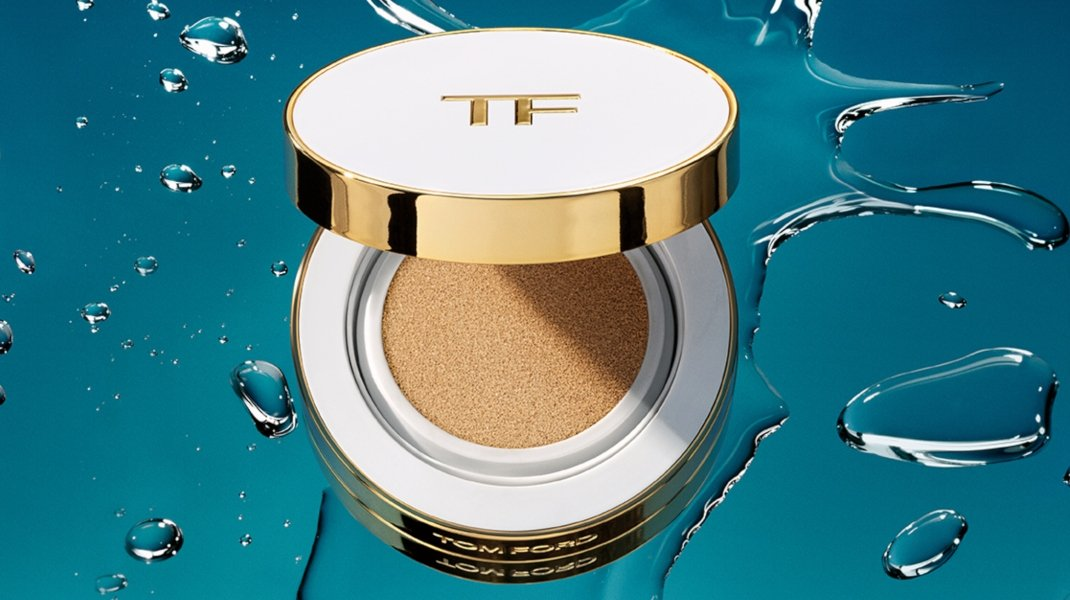 Soleil Glow Up Foundation, Hydrating Cushion Compact